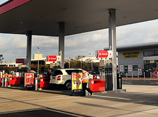 Texaco/Spar Petrol Filling Station, Matlock, Derbyshire